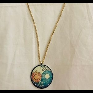 Jewelry - YinYang flower necklace